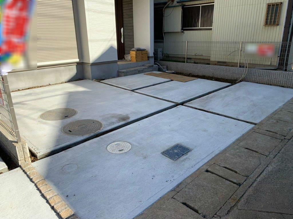駐車場の土間コンクリート打設後