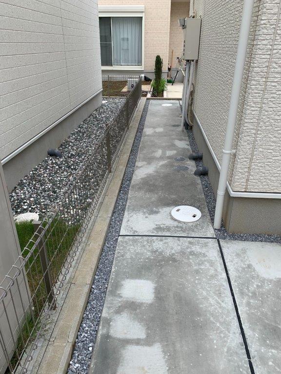 裏口まわりの土間コンクリート施工後