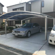 駐車場の土間コンクリート打設とカーポート設置工事