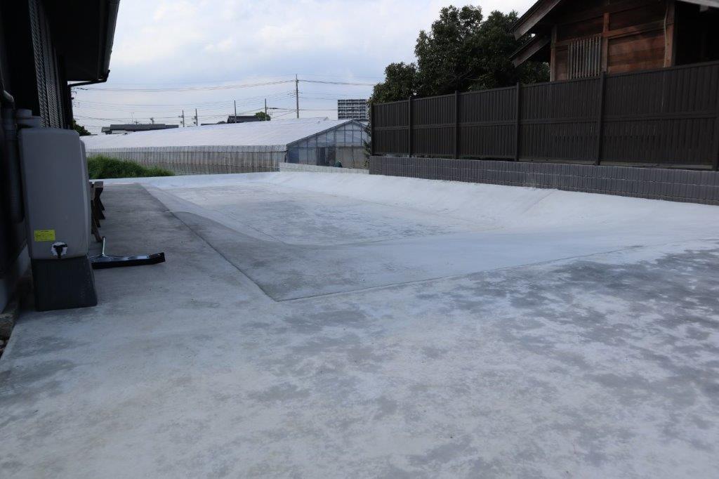 駐車場・スケードボードランプ施工後