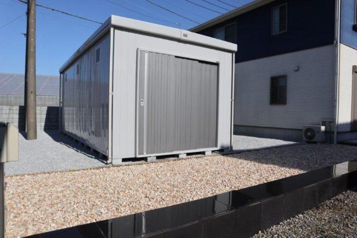 屋外倉庫の設置工事